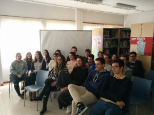 Unsere Schüler der 12. Klasse während eines der Onlinevorträge.