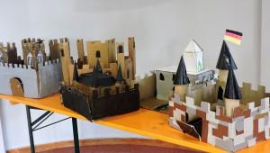 colegio concertado Deutsche Schule, exposición maquetas medievales