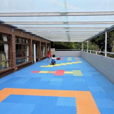 Terraza cubierta Deutsche Schule San Alberto Magno