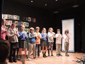 flautistas del Deutsche Schule San Alberto Magno en el Día de la Música
