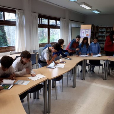 alumnado del deutsche schule en el taller de lectura