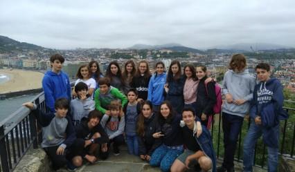 alumnado del deutsche schule en su visita al monte urgull