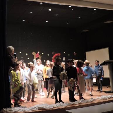 Alumnado de 3ºEP del #DeutscheSchuleSAM representa teatro Sankt Martin