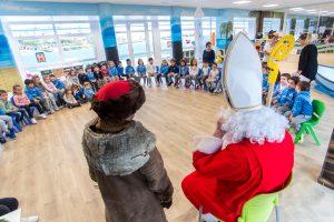 Nikolaus visita el Deutsche Schule San Sebastian,