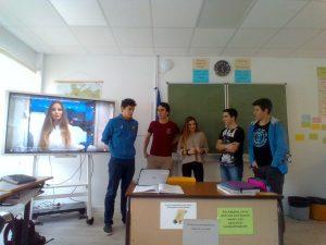alumnado del deutsche schule de san sebastian presenta sus trabajos en el programa Jóvenes emprendedores de la Caixa
