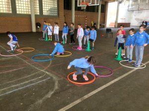 alumnado del colegio aleman durante las pruebas deportivas